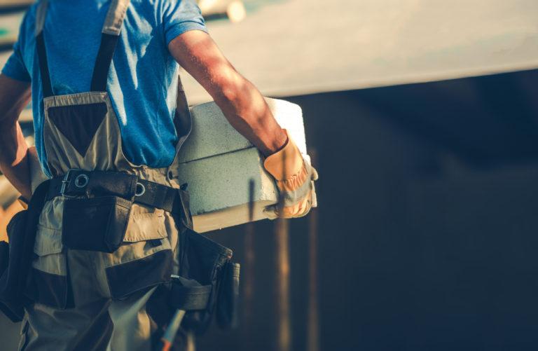 Πώς επηρεάζει η κουραστική εργασία τους άνδρες και τις γυναίκες | vita.gr