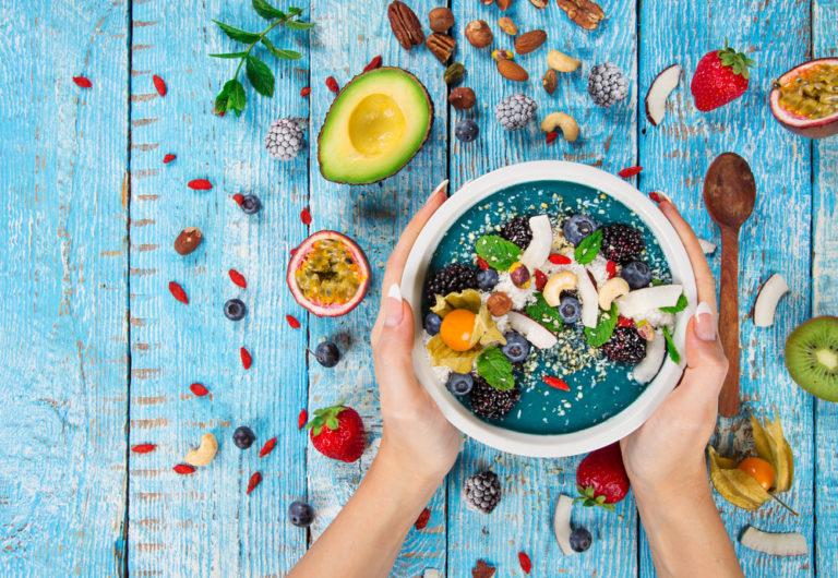 Οι 15 τροφές που απογειώνουν το μεταβολισμό σας | vita.gr