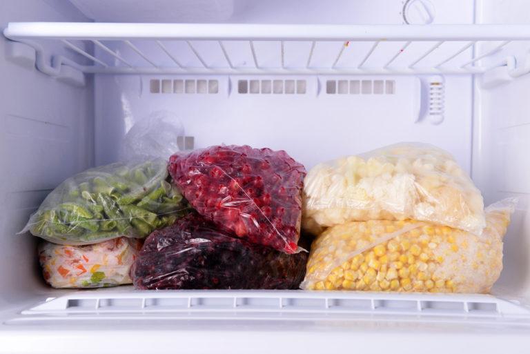 Πόσο καιρό αντέχουν τα τρόφιμα στην κατάψυξη; | vita.gr