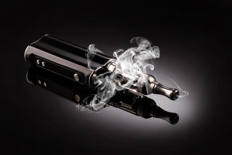 Πόσο ασφαλές είναι τελικά το ηλεκτρονικό τσιγάρο; | vita.gr