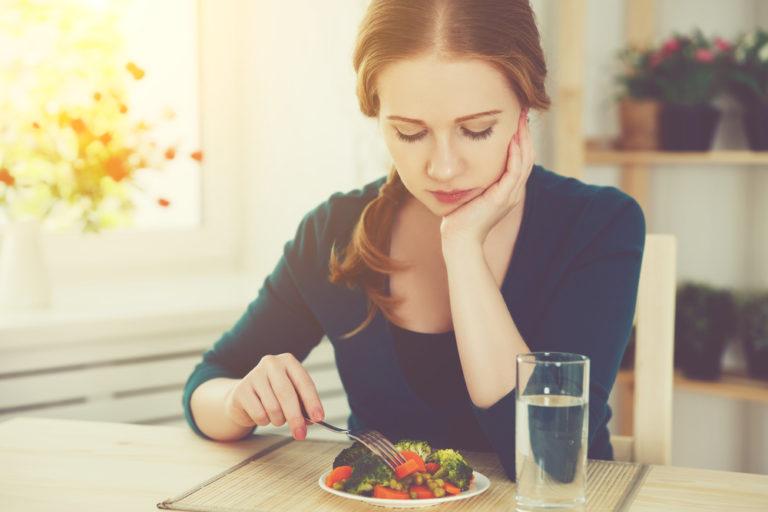 Ο κίνδυνος καρκίνου του εντέρου μειώνεται με τα λάχανα και τα μπρόκολα | vita.gr