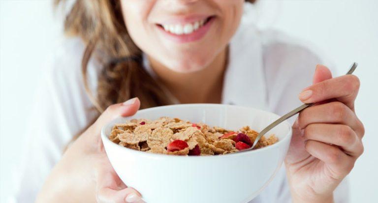 Οι διατροφικές αλλαγές που θα μειώσουν το σωματικό σας λίπος | vita.gr