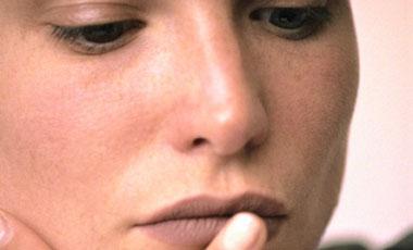 Περιποιηθείτε τα χείλη σας 5΄ | vita.gr