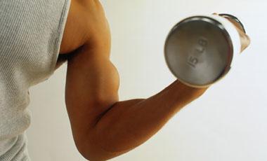 Δυναμώστε το πάνω μέρος του σώματος σε  1΄ | vita.gr