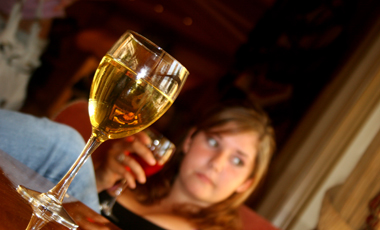Το IQ  του αλκοολισμού | vita.gr