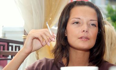 Γιατί οι καπνιστές δεν παχαίνουν;   vita.gr