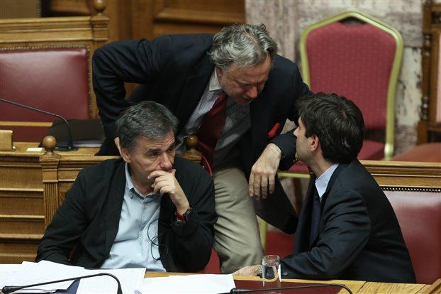 Κατρούγκαλος: Καταργούνται μέσω ενοποίησης οι επικουρικές συντάξεις   vita.gr
