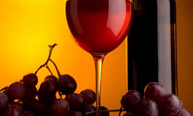 Επικίνδυνα μέταλλα στο ποτήρι μας | vita.gr