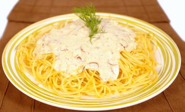 Mακαρονάδα με σάλτσα ταχίνι | vita.gr
