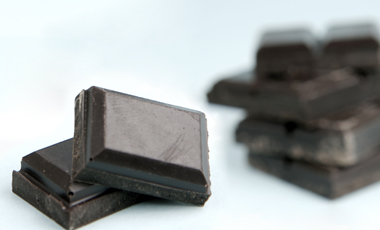 Στην καρδιά μας αρέσει η μαύρη σοκολάτα | vita.gr