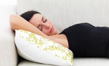 Ενώ κοιμάστε ο μεταβολισμός σας «τρέχει» | vita.gr