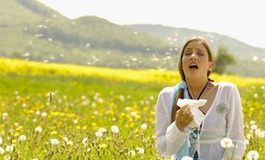 Αλλεργικοί: Τι μήνα γεννηθήκατε; | vita.gr