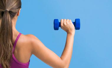 Η άσκηση φέρνει νωρίτερα την εμμηνόπαυση; | vita.gr