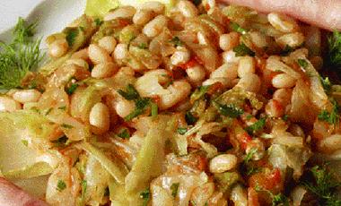 Φασόλια με λάχανο | vita.gr