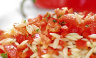 Σαλάτα με πιπεριές και κριθαράκι | vita.gr