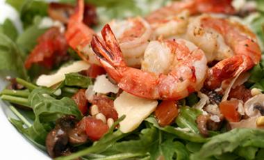 Zεστή σαλάτα με θαλασσινά   vita.gr