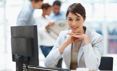 Άνδρες – γυναίκες: ποιοι έχουν τα πιο βρώμικα γραφεία; | vita.gr