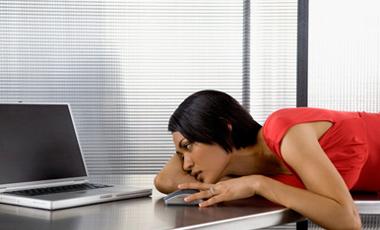 Πώς μας δολοφονεί το… γραφείο! | vita.gr