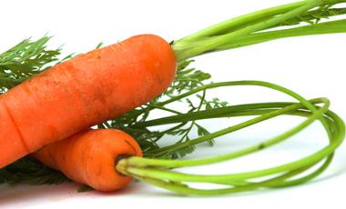 Βράστε τα καρότα ολόκληρα! | vita.gr