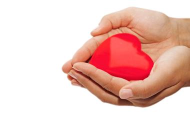 Η γυναικεία καρδιά δεν προειδοποιεί όπως η ανδρική | vita.gr
