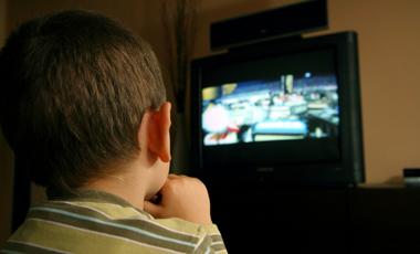 Η πολλή τηλεόραση προκαλεί κατάθλιψη | vita.gr