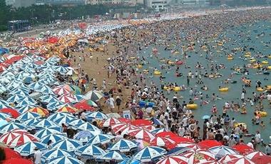 Πειράζει η πολυκοσμία στην παραλία;   vita.gr