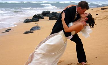 Ευτυχισμένος γάμος, λιγότερα αρθριτικά | vita.gr