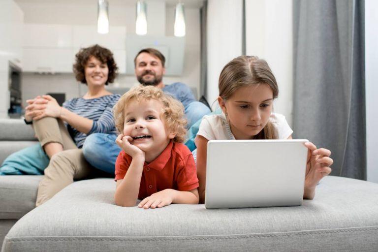 Μήπως το παιδί σας διακόπτει συνέχεια; | vita.gr