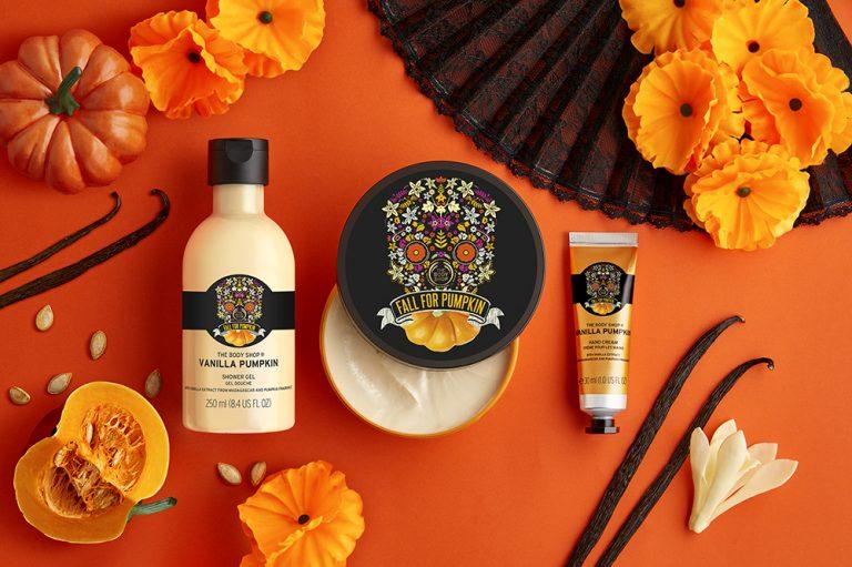 Υποδεχθείτε το φθινόπωρο με την special edition σειρά vanilla pumpkin από την The Body Shop | vita.gr