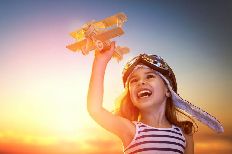 Πώς μπορώ να μάθω στο παιδί μου να εκτιμά τα δώρα; | vita.gr