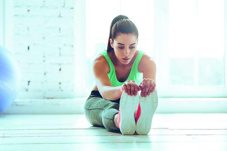 Γυμνάστε κοιλιά και πόδια | vita.gr