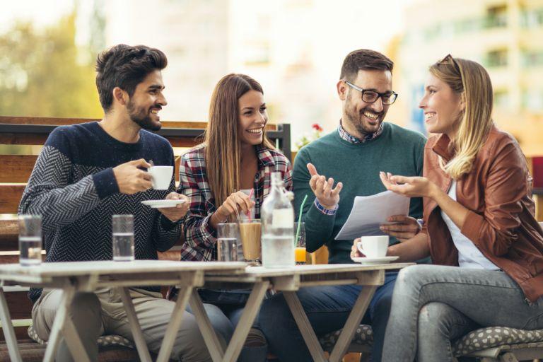 Οι άνθρωποι αντέχουν να είναι πιο ειλικρινείς από όσο νομίζουν, σύμφωνα με νέα μελέτη | vita.gr