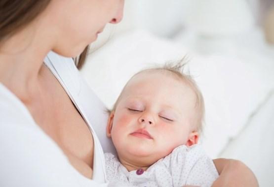 Οι γυναίκες που γεννούν γιο κινδυνεύουν περισσότερο από επιλόχειο κατάθλιψη | vita.gr
