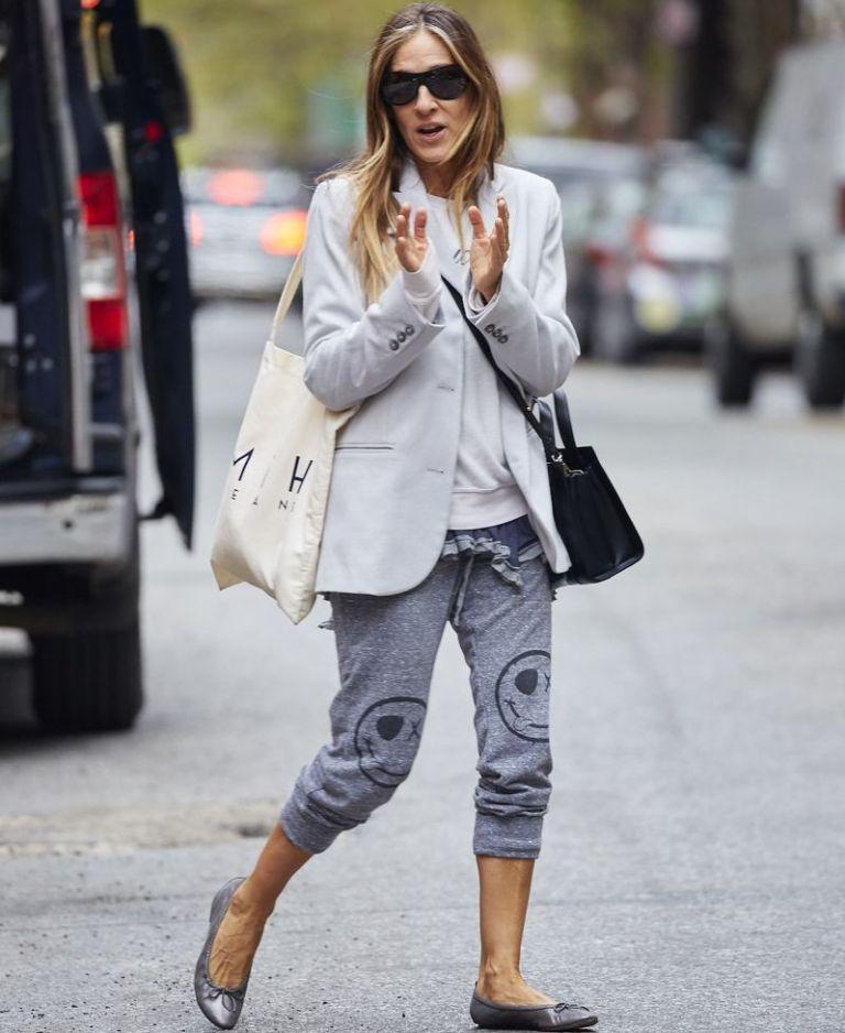 Οι σελέμπριτις φοράνε φόρμες με τον καλύτερο τρόπο | vita.gr