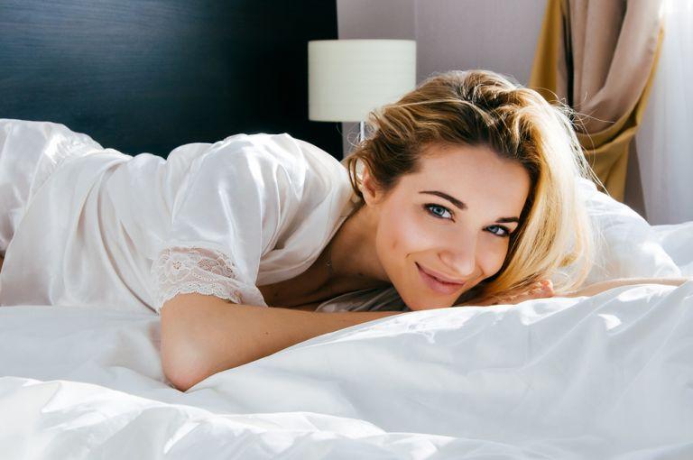Το μυστικό για να ξυπνάτε ομορφότερη | vita.gr