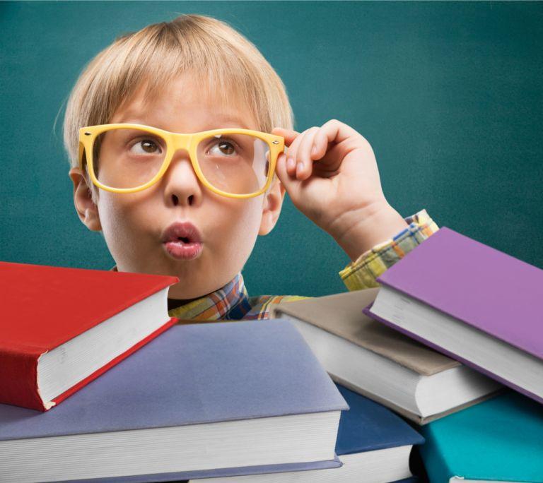 Μεγαλώστε ένα παιδί που λατρεύει τα μαθηματικά | vita.gr
