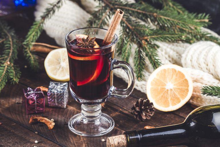 Φτιάξτε ζεστό, αρωματικό κρασί | vita.gr