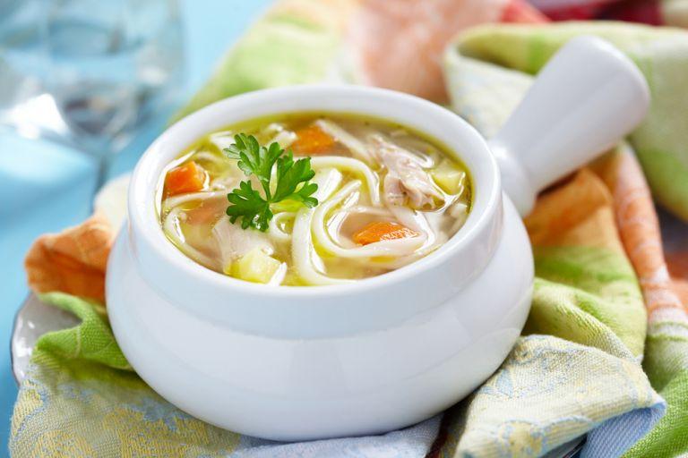 Σούπα νουντλς με κοτόπουλο | vita.gr