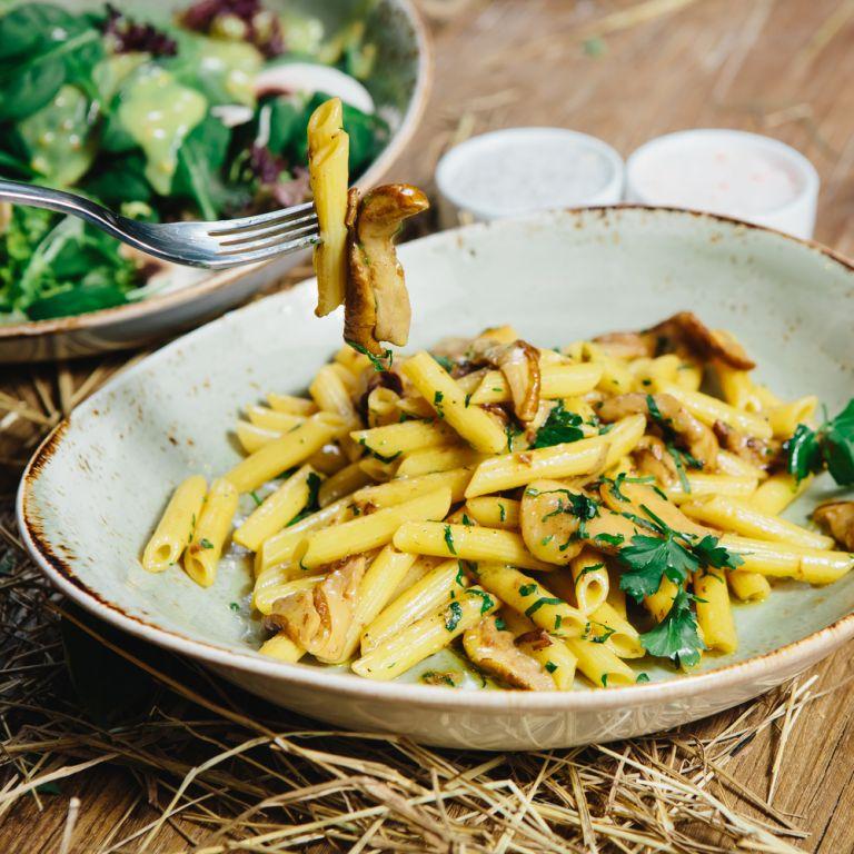 Πένες με μανιτάρια και χούμους | vita.gr