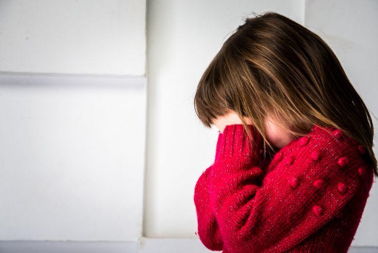 Βοηθήστε το ντροπαλό παιδί σας στο σχολείο   vita.gr