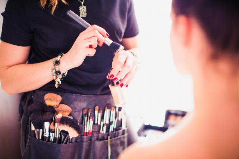 To πιο διαχρονικό λουκ μακιγιάζ και πώς να το πετύχετε | vita.gr