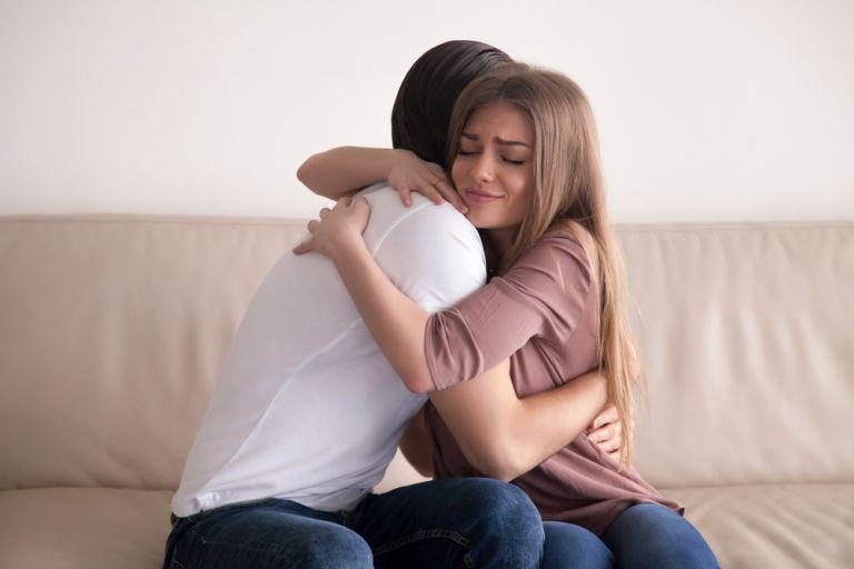 Το σύνδρομο Μητέρα Τερέζα στη σχέση | vita.gr