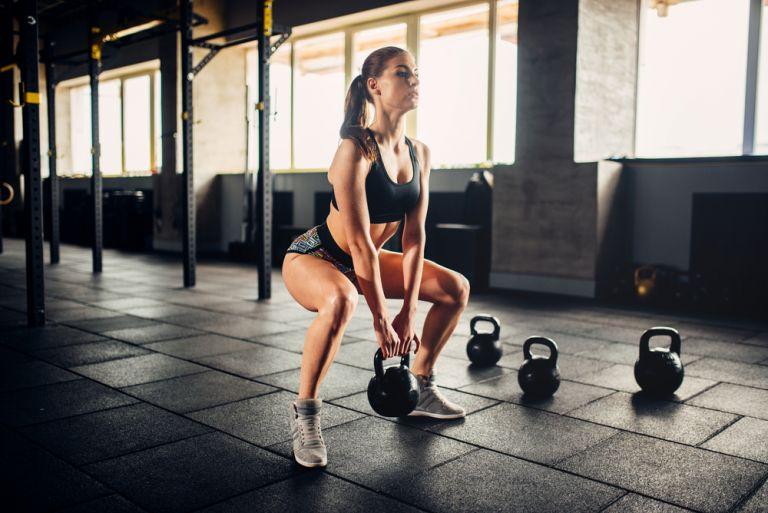 Kettlebells: Η καλύτερη προπόνηση για να ενισχύσετε τον μεταβολισμό σας | vita.gr
