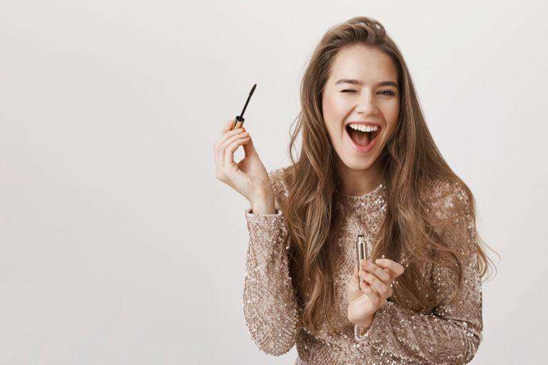 Τελείωσε η μάσκαρα; Τρία tips για να τη χρησιμοποιήσετε! | vita.gr