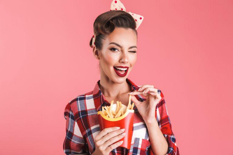 Πόσες τηγανιτές πατάτες πρέπει να έχει μία υγιεινή μερίδα; | vita.gr