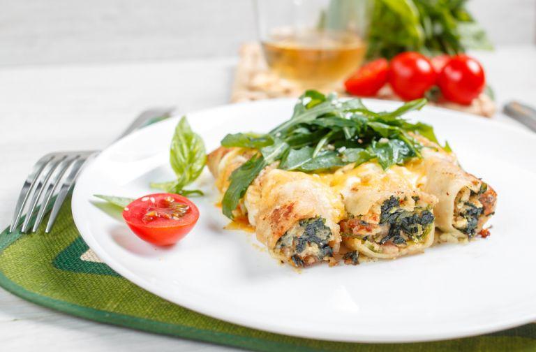 Κανελόνια γεμιστά με σπανάκι και φέτα   vita.gr