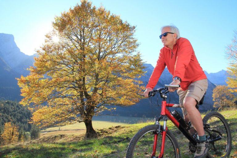 Η συχνή άσκηση και υγιεινή διατροφή αφαιρούν 10 χρόνια από την ηλικία του εγκεφάλου | vita.gr
