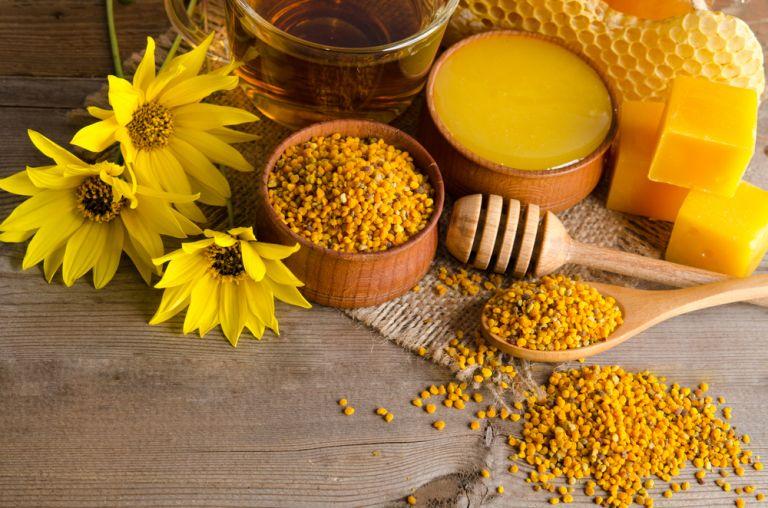 Οι απίστευτες ιδιότητες της μελισσοθεραπείας | vita.gr