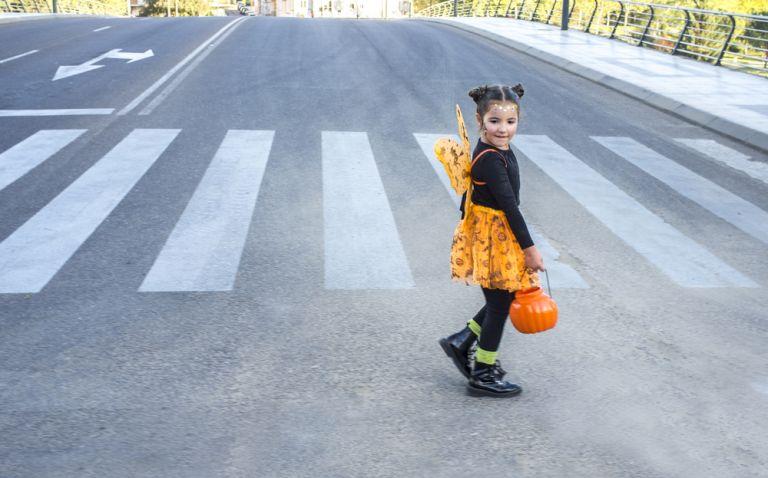 Η ασφάλεια του μικρού παιδιού όταν είναι πεζό | vita.gr