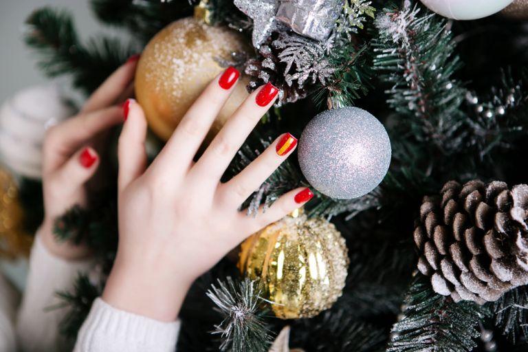 Τρία tips να στεγνώσετε γρήγορα τα νύχια σας | vita.gr